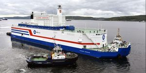 Akademik Lomonosov, barge containing two nuclear reactors, to leave Murmansk for Pevek