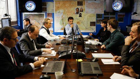 法國神劇《巴黎情報局》引起全球諜戰狂熱:別相信任何人!交織著懸疑與愛情,故事緊湊又燒腦