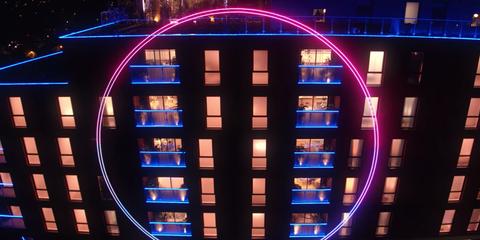 Blue, Light, Lighting, Majorelle blue, Architecture, Symmetry, Electric blue, Neon, Visual effect lighting, Building,