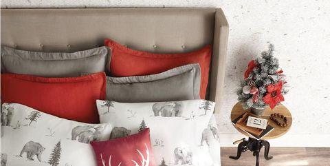 Bedding, Plaid, Pillow, Textile, Duvet, Room, Linens, Bed sheet, Cushion, Christmas stocking,