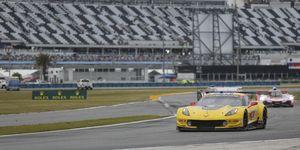 AUTO: JAN 26 Rolex 24 at Daytona