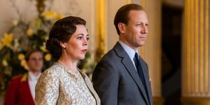 the crown olivia colman queen elizabeth