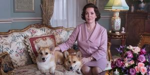 the crown netflix season 3 olivia colman corgis