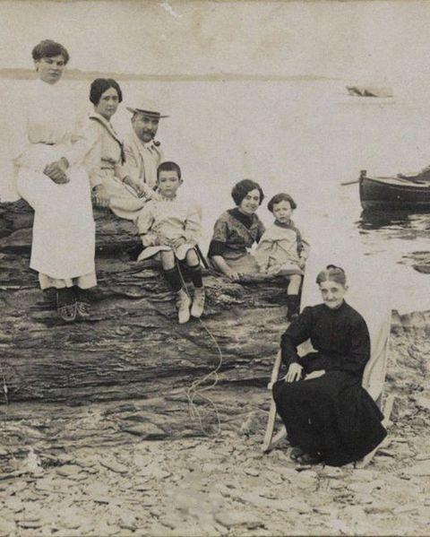 The Dali Family In Cadaques