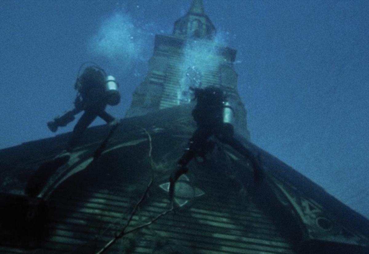 'The Deep House', lo nuevo de Julien Maury y Alexandre Bustillo