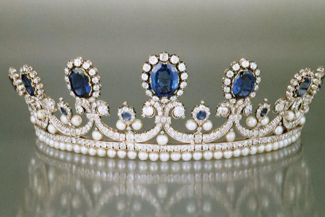 marie amelie sapphire diadem