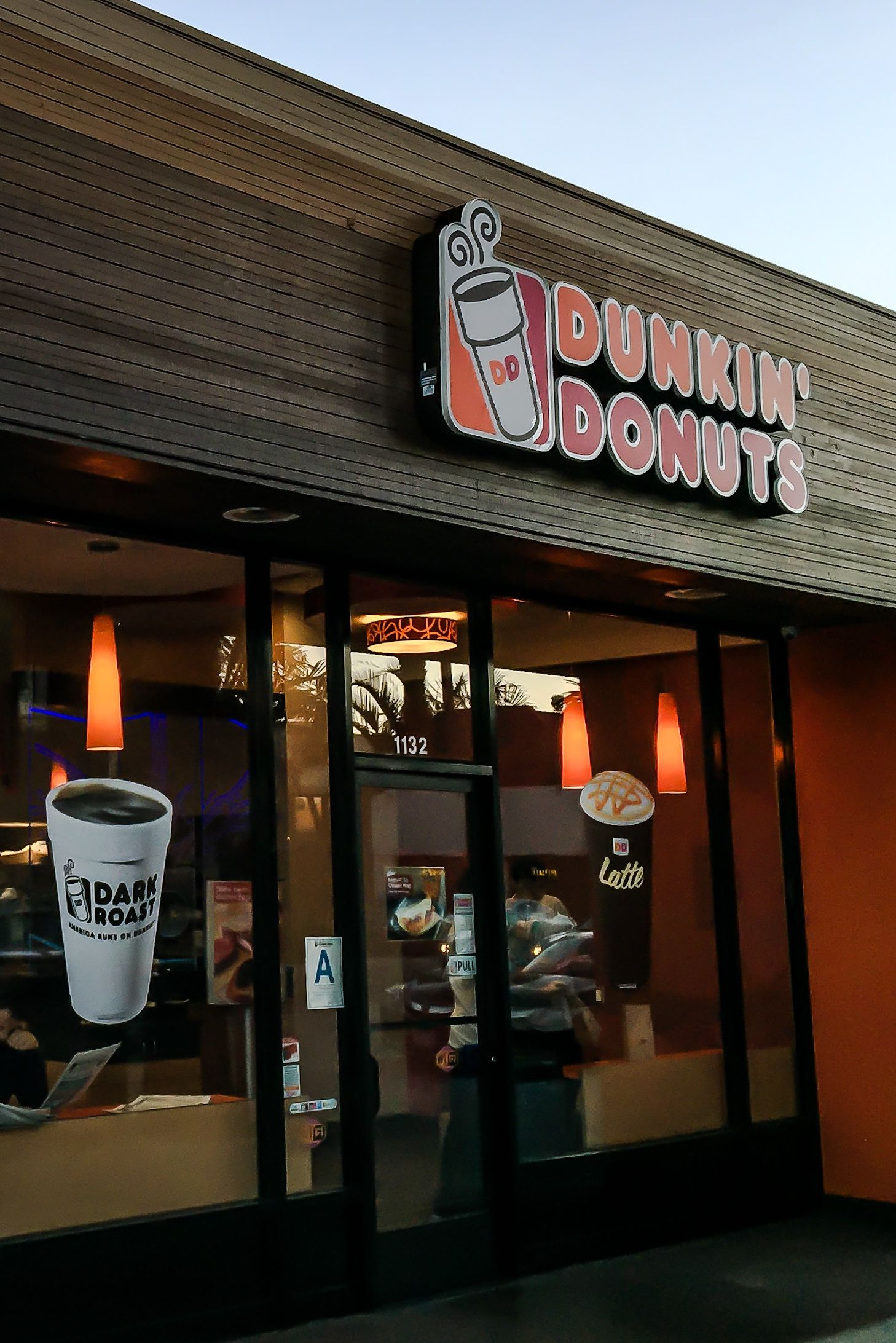 restaurants open on christmas dunkin donuts