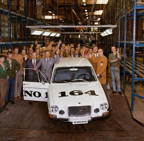 Land vehicle, Vehicle, Car, Regularity rally, Classic car, Coupé, Sedan, Subcompact car, City car,