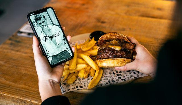 the fitzgerald, aterriza en madrid una de las mejores hamburgueserías de valencia