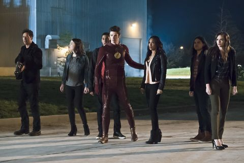 the flash    the race of his life    image fla223b0061bjpg    pictured l r tom cavanagh as harrison wells, violett beane as jesse quick, keiynan lonsdale as wally west, grant gustin as barry allen, candice patton as iris west, carlos valdes as cisco ramon and danielle panabaker as caitlin snow    photo katie yuthe cw    © 2016 the cw network, llc all rights reserved