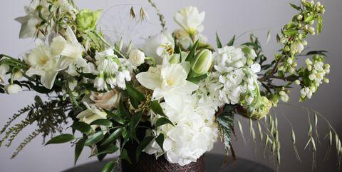 26 Best Winter Floral Arrangements Gorgeous Holiday Flowers