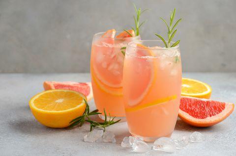 french blonde cocktail koningsdag