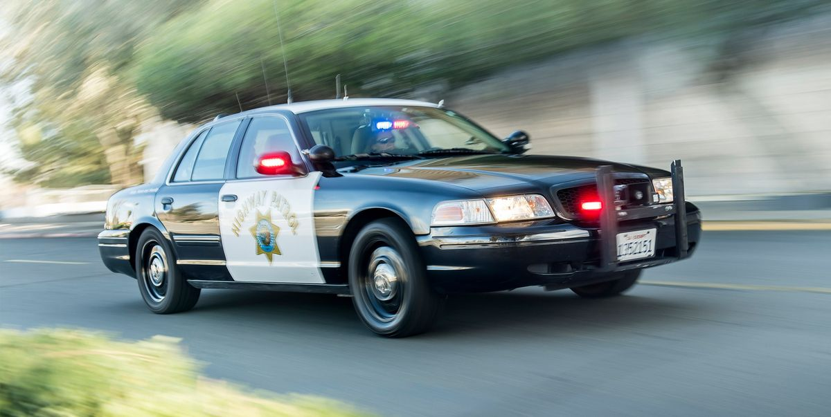 this is one of the last ford crown vic police interceptors