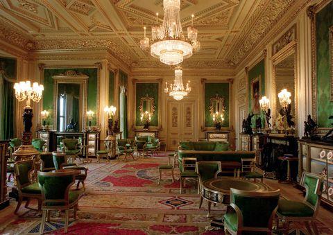 Inside Windsor Castle\'s Green Drawing Room - Prince Harry, Meghan ...