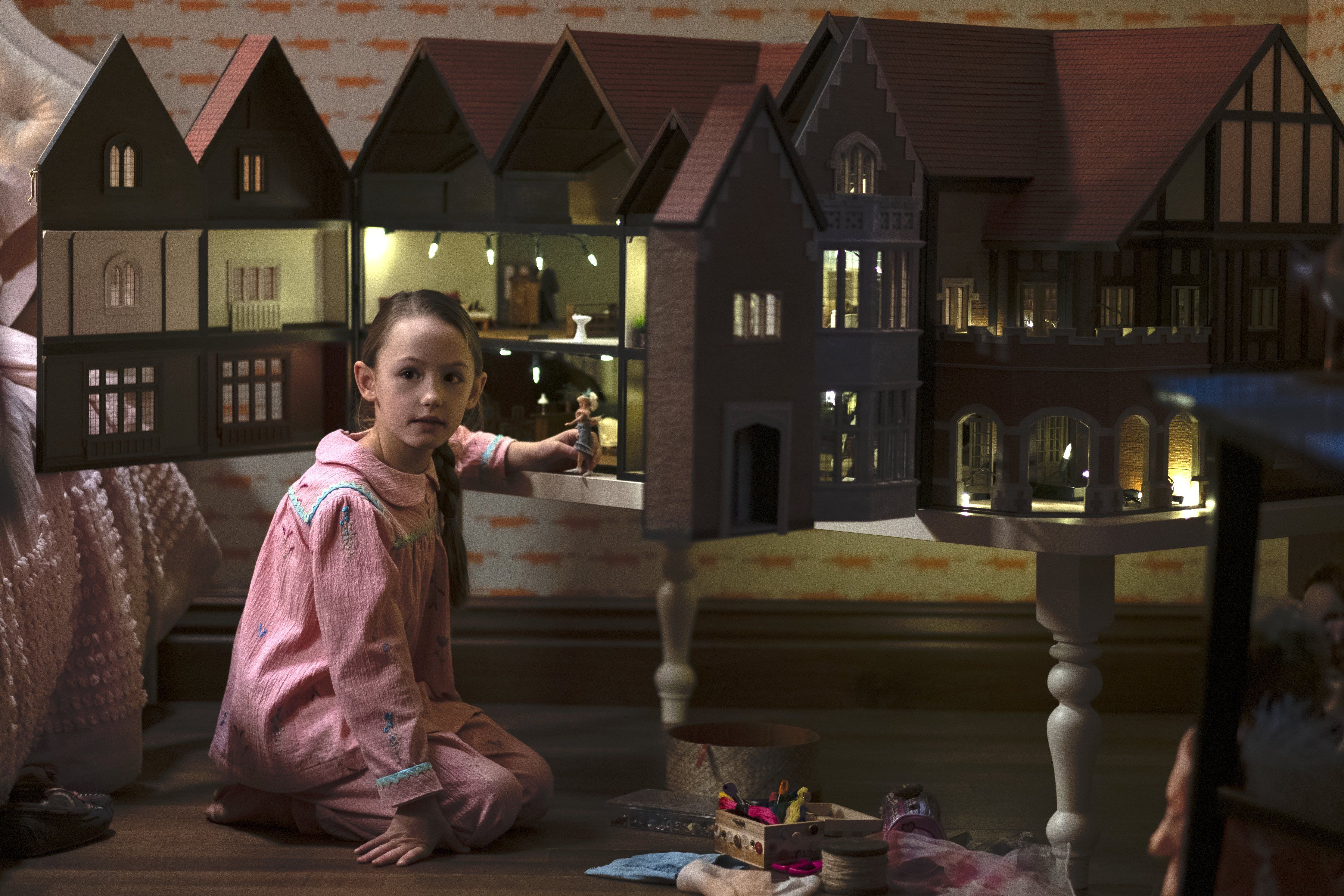 Haunting of Bly Manor boss explains dollhouse and hidden ghosts