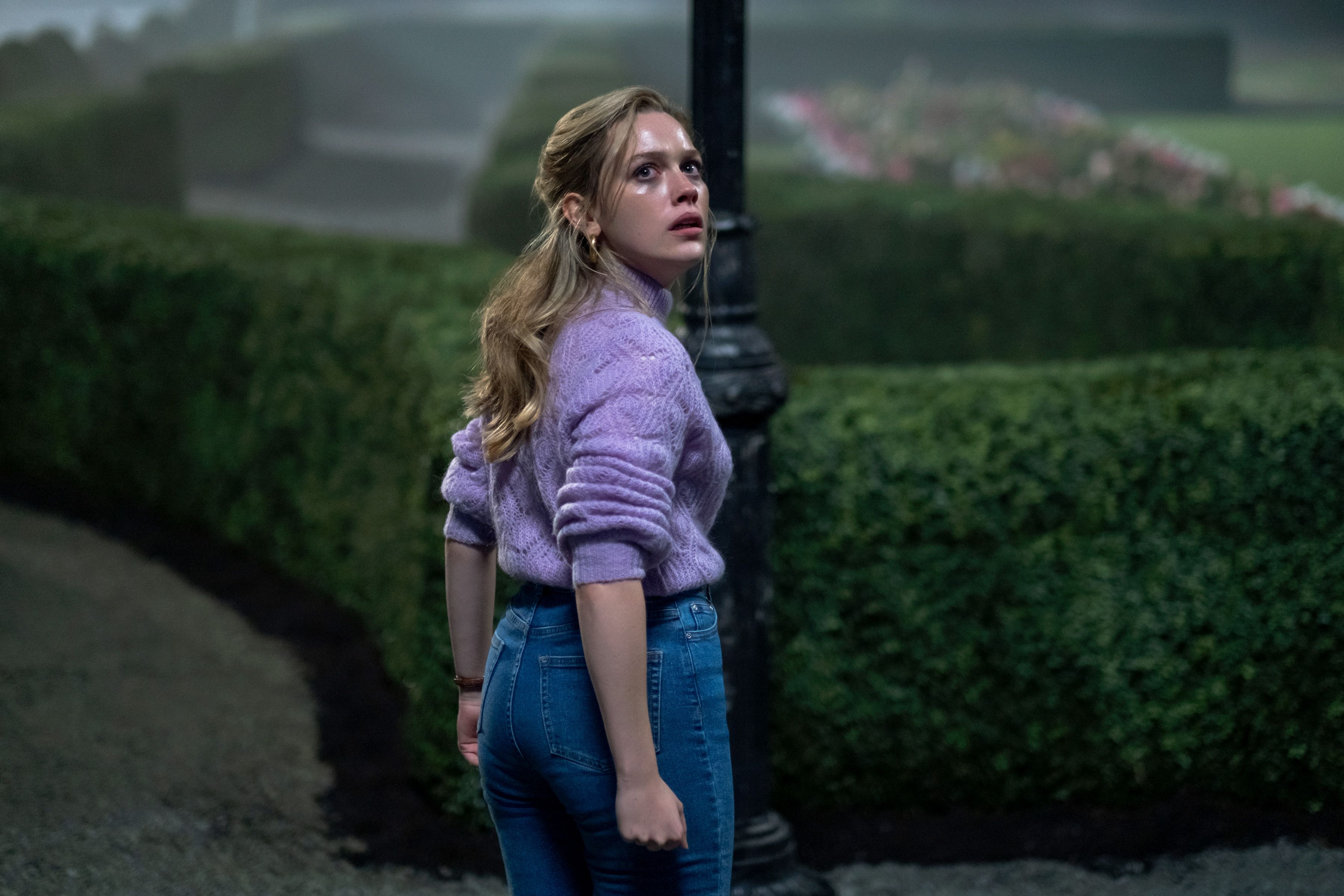 Haunting Of Bly Manor Spoilers The Haunting Of Hill House Sequel Explained