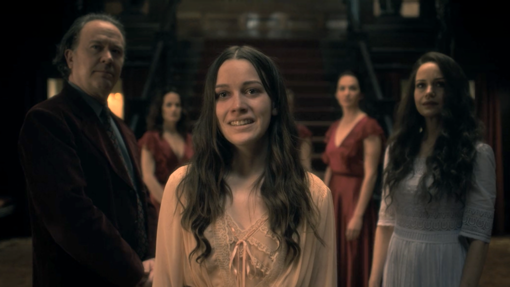 The Haunting Of Hill House Season 2 The Haunting Of Bly Manor Cast Dates Plot And Spoilers