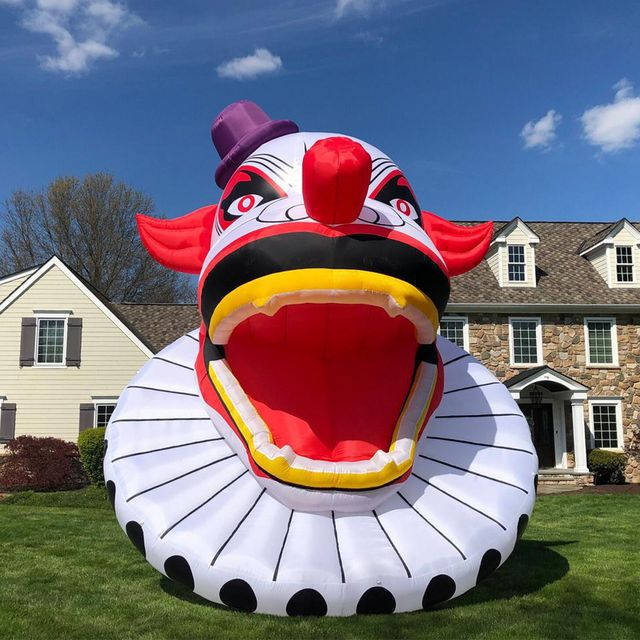 the home depot 20 foot creepy clown halloween inflatable decoration