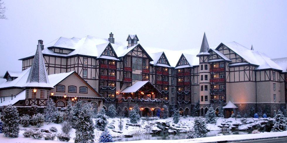 The Inn at Christmas Place | Pigeon Forge, TN