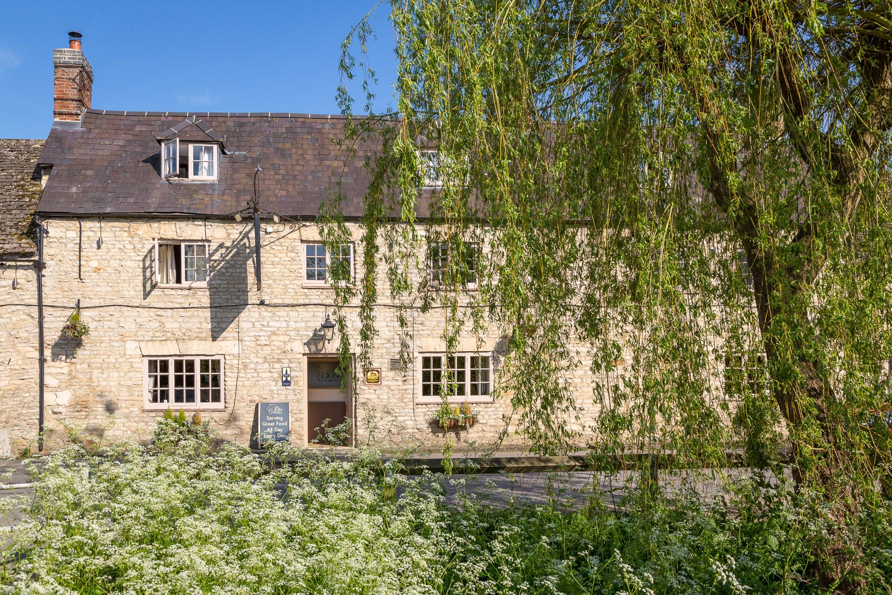 The Lion At Wendlebury: charming Oxfordshire pub is perfect autumn staycation