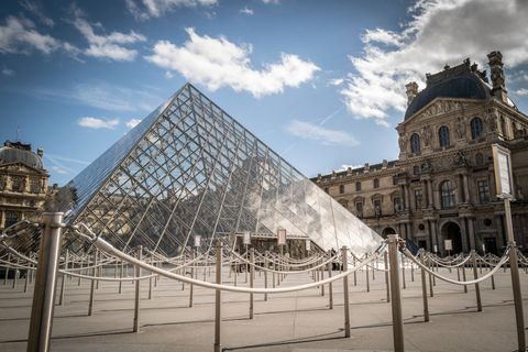 france faces the coronavirus louvre reopening coronavirus