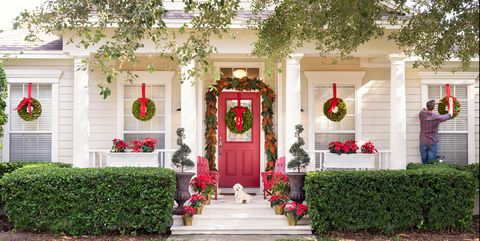 20 Best Christmas Porch Decorations - Outdoor Holiday Decor ...
