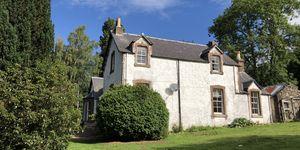The Manse - JM Barrie - Scotland - house - Bell Ingram