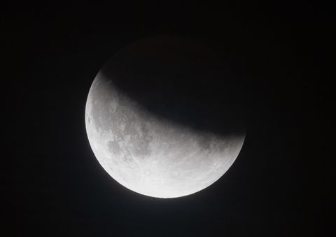 7 beautiful images of last night's partial lunar eclipse across the world
