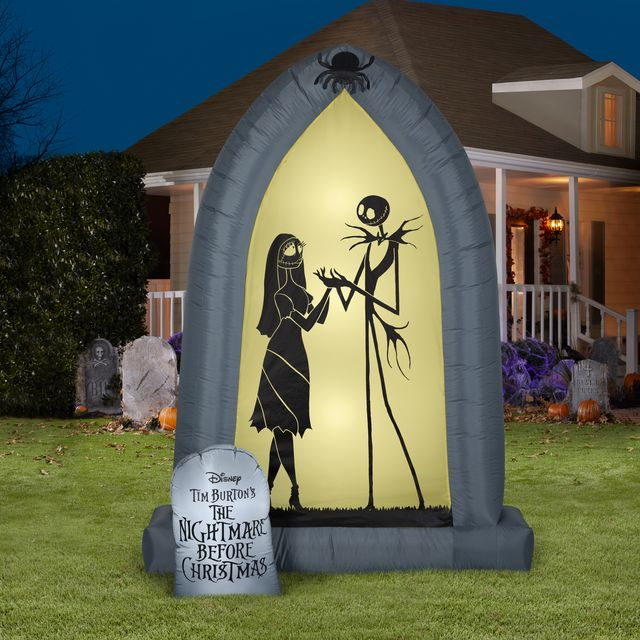 Walmart Is Selling The Nightmare Before Christmas Halloween Inflatables For Your Yard Shop Halloween Outdoor Decor