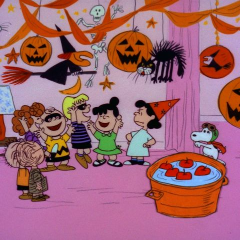 Charlie Brown Halloween Special 2020 When Will Charlie Brown Halloween Air in 2020   How to Watch 'It's
