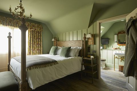 the pig, bridge place, canterbury, kent, hotel, boutique hotel, gardens, restaurant, bar