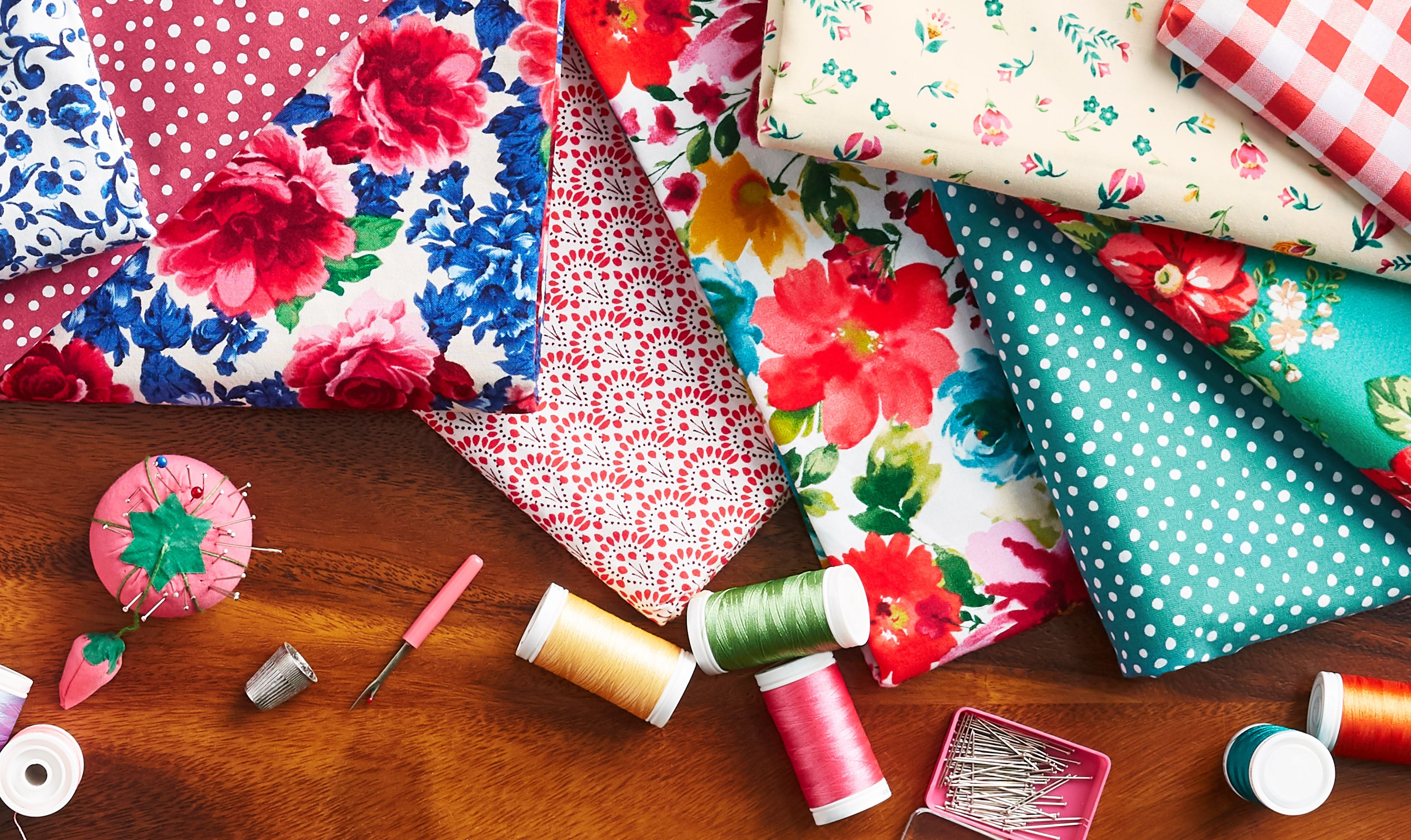 The Pioneer Woman Fabric Ree Drummond S New Fabric Line At Walmart