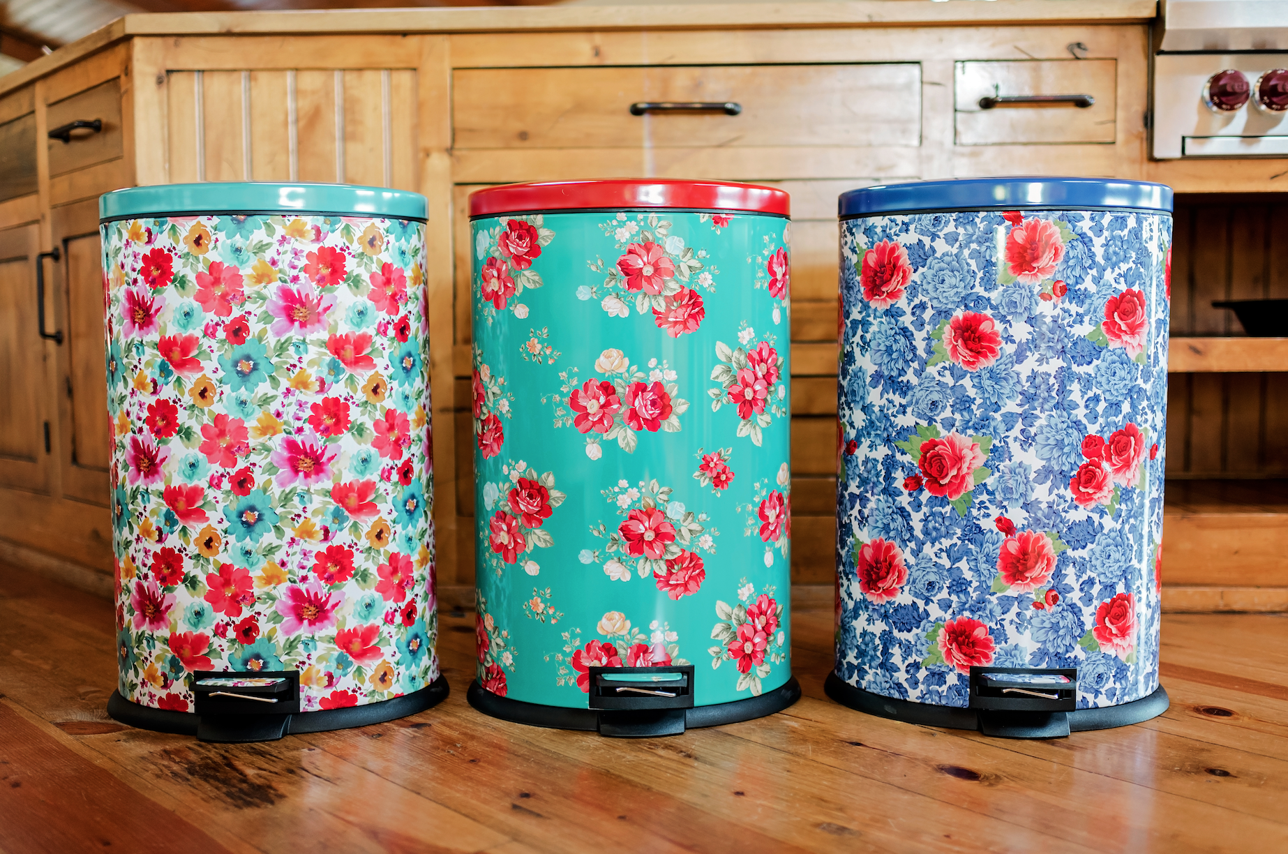 The Pioneer Woman Trash Cans Ree Drummond Trash Cans At Walmart