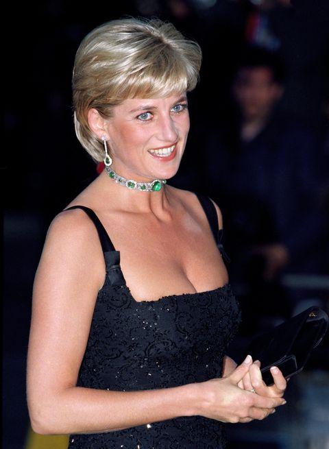 英國王妃也愛的綠寶石!五月生日石:祖母綠emerald珠寶推薦