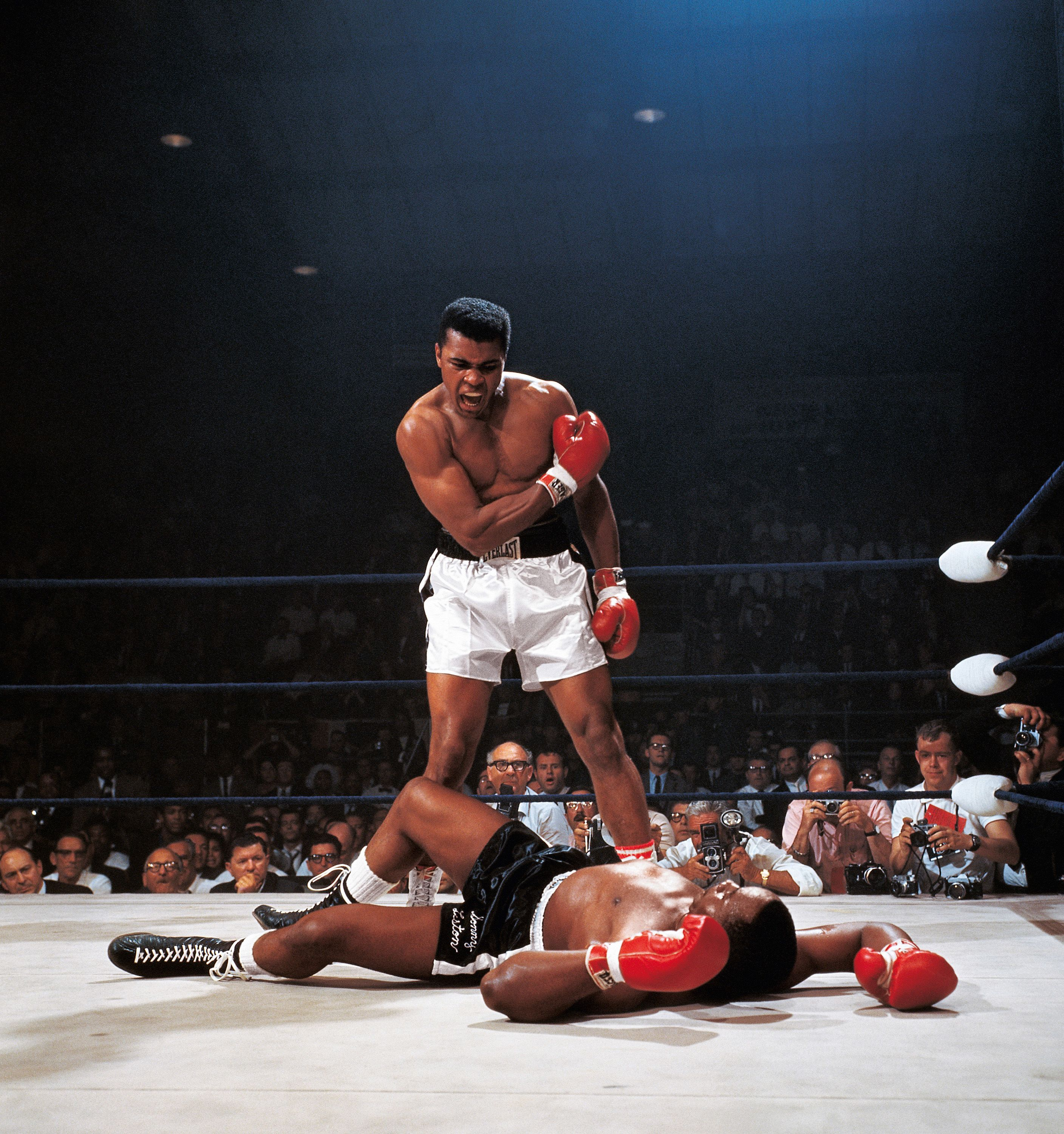 Heavyweight Pictures: Neil Leifer Reflects on 60 Years of Iconic Photos Inside the Boxing Ring