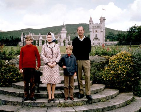 Royalty - Queen and Family at Balmoral Castle