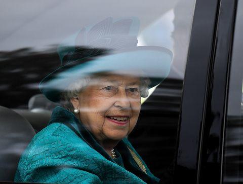 Queen Elizabeth II car photo