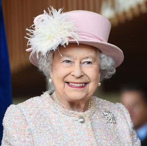 The Queen is hiring a social media manager
