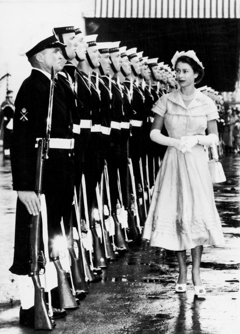 The Queen inspects a Naval guard of honour at Auckland , New Zealand. 28th December 1953.