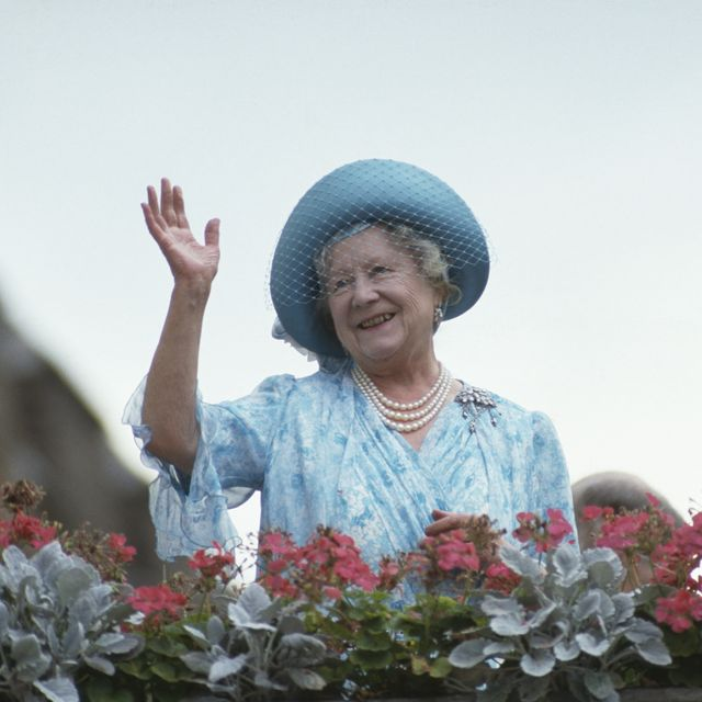 royal family queen mother birthday