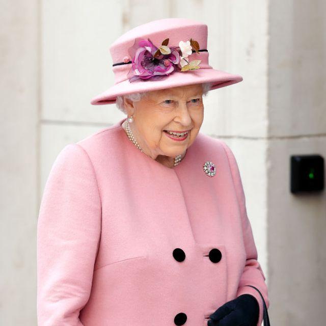 queen pink wales brooch
