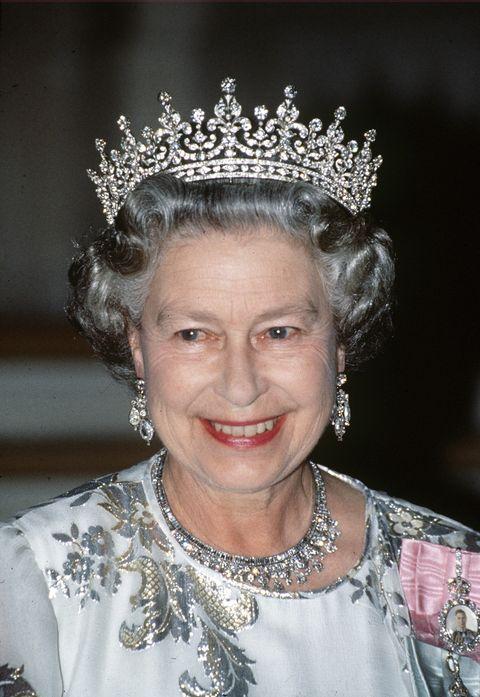 queen tiara diamonds