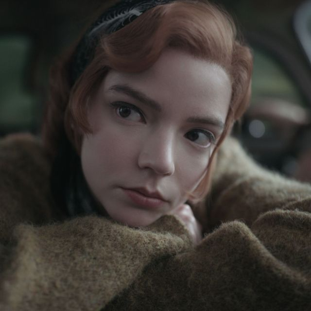 the queen's gambit l to r anya taylor joy as beth harmon in episode 106 of the queen's gambit cr courtesy of netflix © 2020