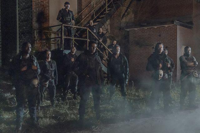 'the walking dead', temporada 11, capítulo 11x04 pope pone a daryl al límite