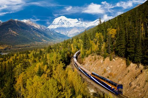 Mountainous landforms, Mountain, Transport, Mountain pass, Mountain range, Sky, Wilderness, Tree, Alps, Mode of transport,