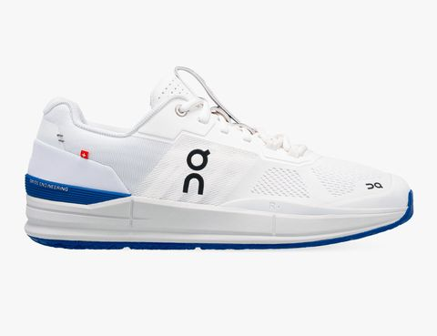 a white tennis shoe