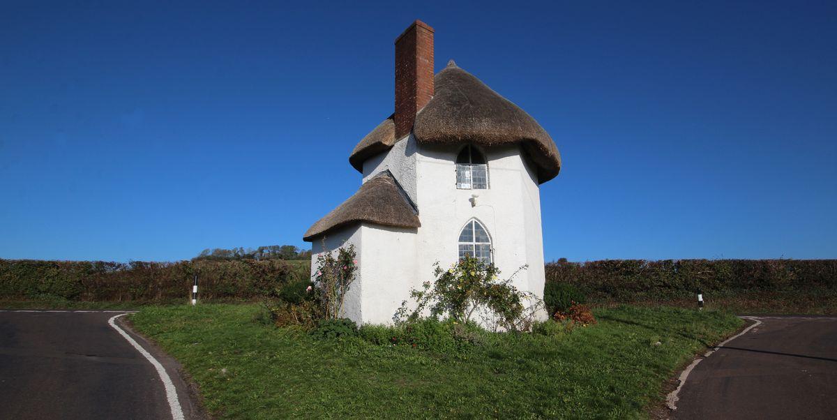 Historic One Bedroom Cottage In Somerset Sold For £140k ...