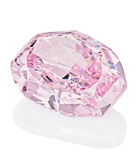 蘇富比拍賣會「玫瑰花韻(the spirit of the rose)」紫粉紅色鑽石