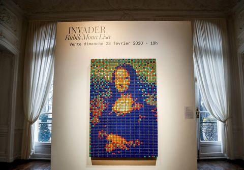 FRANCE-ART-AUCTION-RUBIKSCUBE