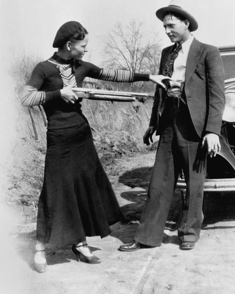 bonnie and clyde, bonnie and clyde death, bonnie and clyde deaths, bonnie and clyde deaths car, bonnie and clyde death car, how did bonnie and clyde die, who killed bonnie and clyde, where were bonnie and clyde killed in louisiana, where are bonnie and clyde buried,ボニー,クライド,犯罪,犯罪者,実在,